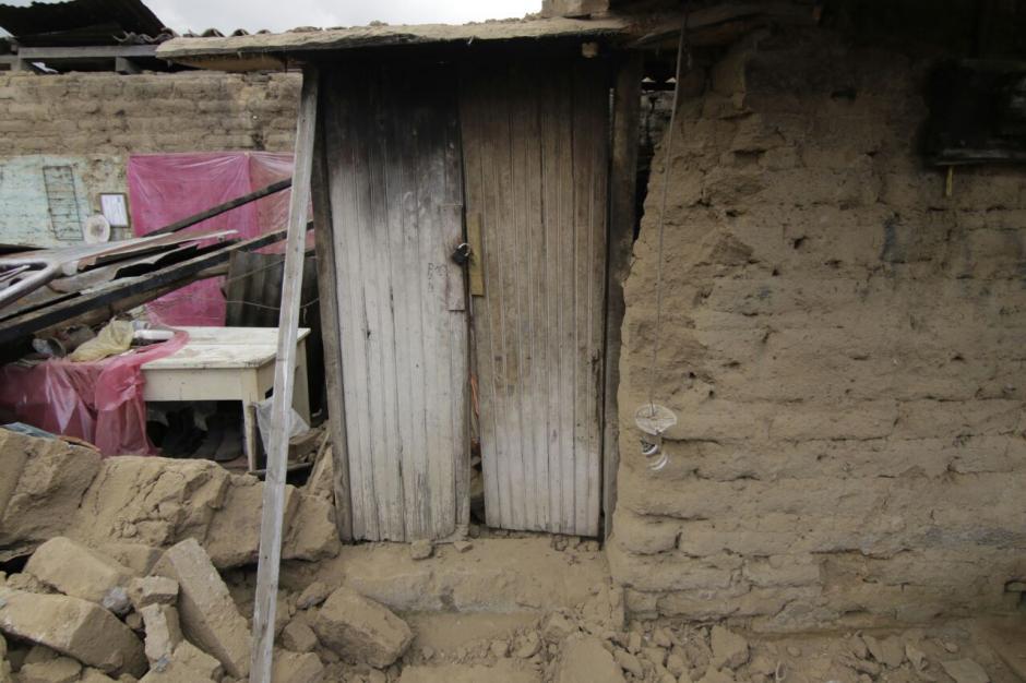 El Cocode canaliza la ayuda para las personas afectadas en La Cuchilla. (Foto: Alejandro Balán/Soy502)