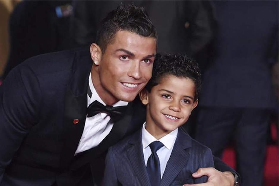 ¿Cuánto cuesta vestir como Cristiano Ronaldo Jr?