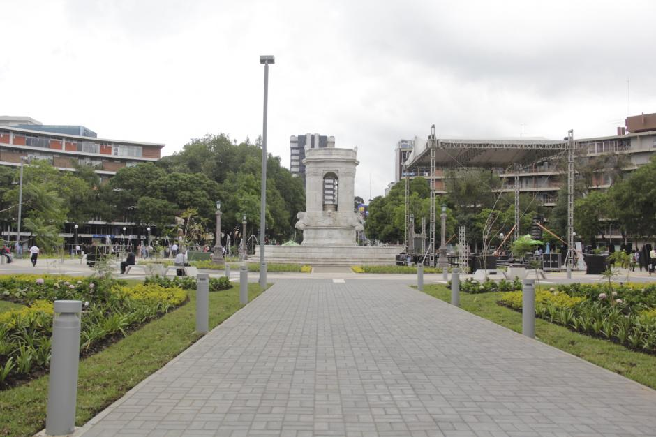 La Plaza España espera ser un lugar para el entretenimiento, la diversión y el descanso en la zona 9. (Foto: Fredy Hernández/Soy502)