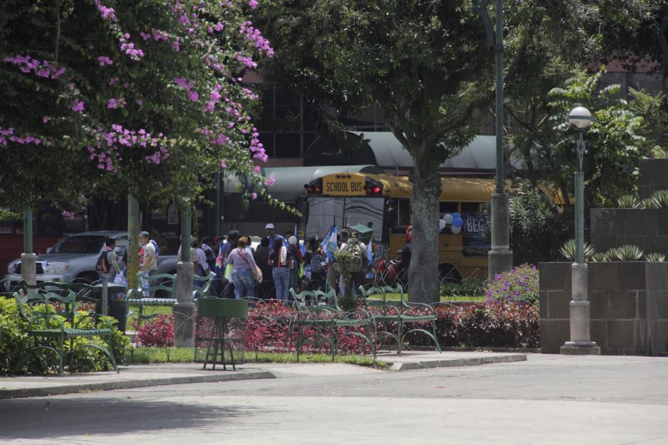 Las autoridades recomiendan tener precaución al momento de correr por las calles. (Foto: Fredy Hernández/Soy502)