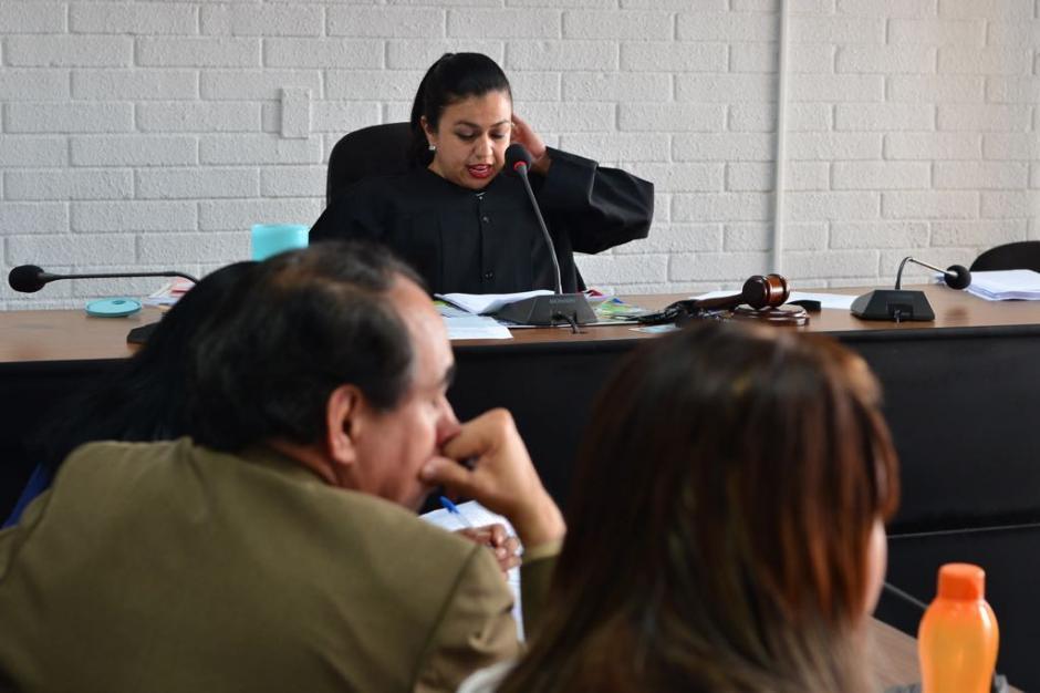 La sentencia fue leída por la titular del Juzgado de Extinción de Dominio, Ana Guerra. (Foto: Jesús Alfonso/Soy502)