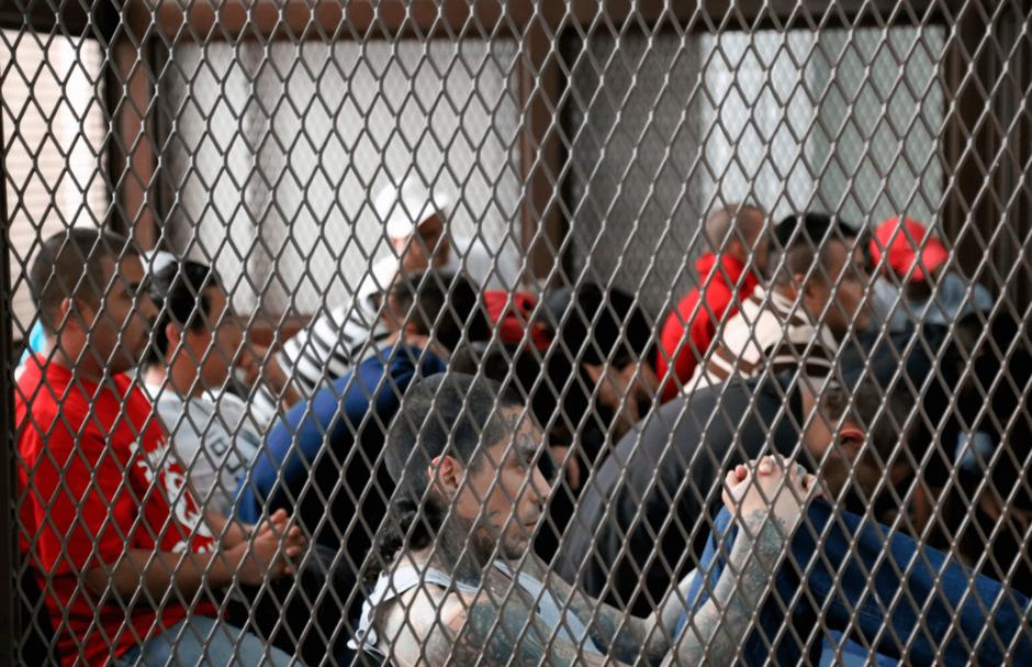 Guatemala: bajan pena a delito del que se acusa a presidente Morales