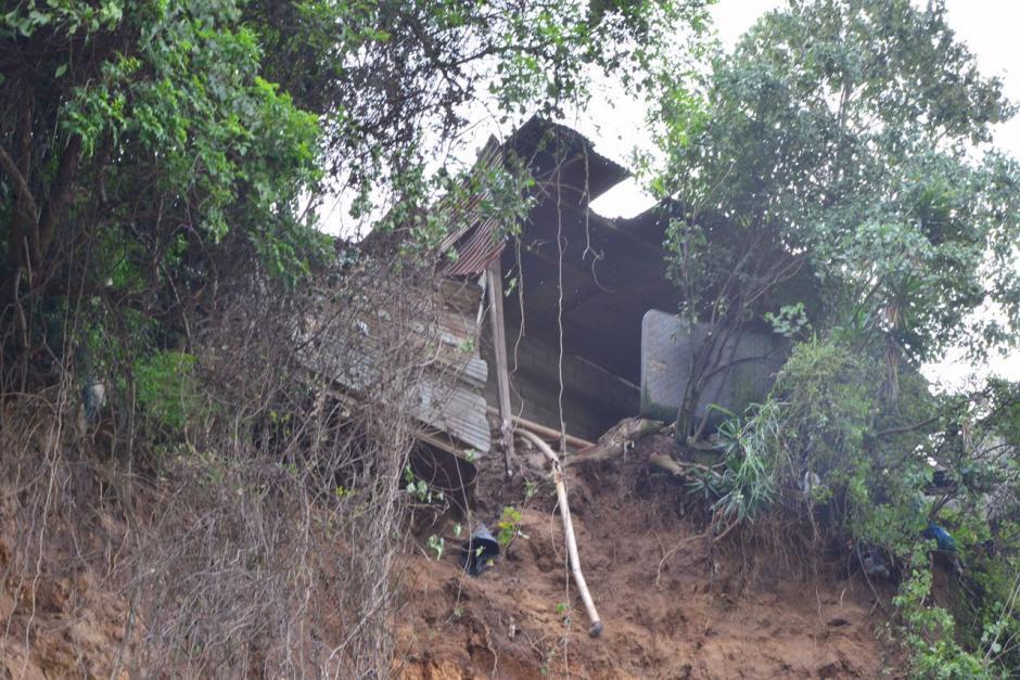 Una vivienda se encuentra en la parte alta de donde sucedió el derrumbe. (Foto: Jesús Alfonso/Soy502)