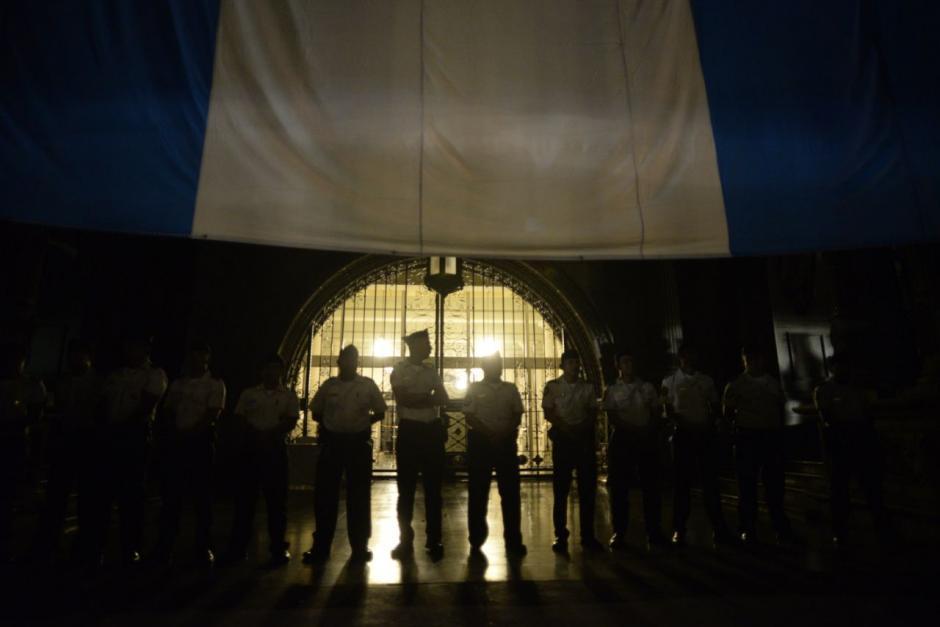 Los policías no intervinieron durante la manifestación. (Foto: Wilder López/soy502)