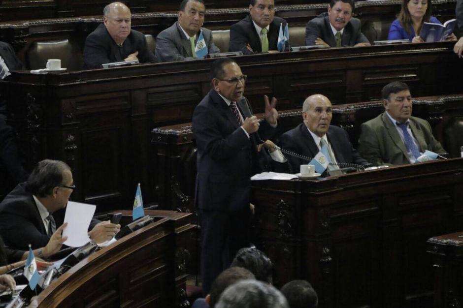 El diputado Julio Ixcamey presidió la comisión pesquisidora. (Foto: Alejandro Balán/Soy502)