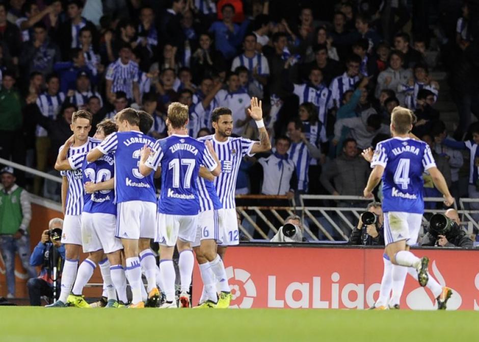 La Real Sociedad no pudo seguir su paso triunfal en la Liga. (Foto: AFP)
