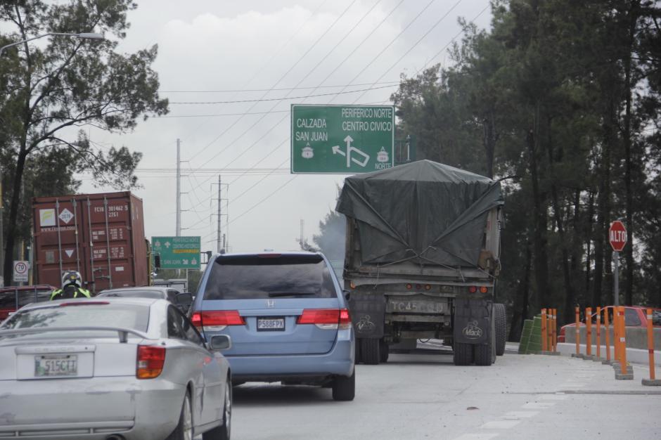 El puente sobre la calzada San Juan será el próximo en ser ampliado. (Foto: Fredy Hernández/Soy502)