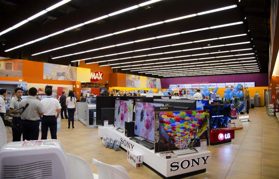 La nueva tienda MAX Antigua cuenta con un diseño único y creativo, adaptado a los estándares y requerimientos locales.  (Foto: Victor Xiloj/Soy502)
