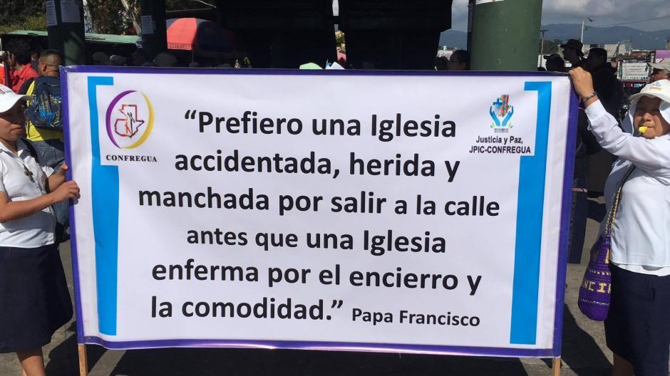 Este es el mensaje de la comunidad de religiosos. (Foto: Luis Barrios/Soy502)