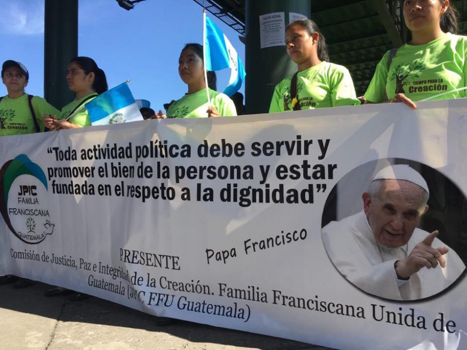 Esto dice la comunidad de franciscanos en el Paro Nacional. (Foto: Luis Barrios/Soy502)