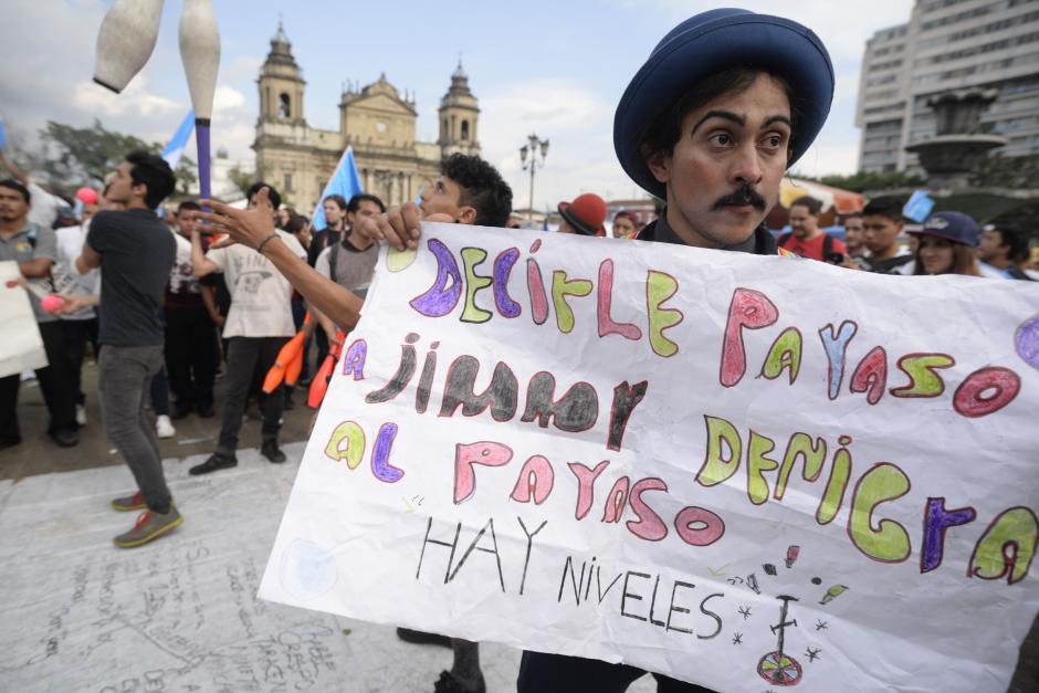 La Escuela de Circo Batz se sumó a las protestas. (Foto: Wilder López/Soy502)