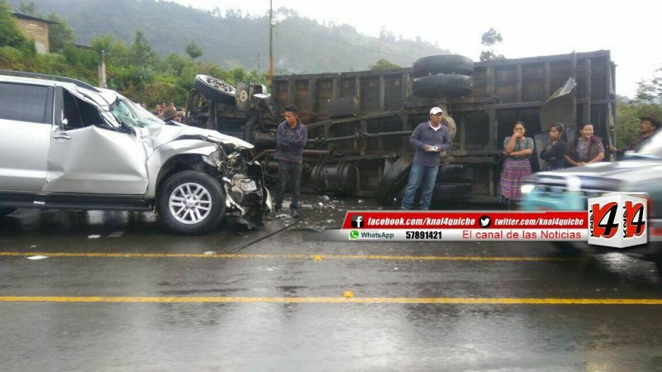 El accidente de tránsito se registró en la ruta Interamericana. (Foto: Facebook/ Kn4 Quiché Noticias)
