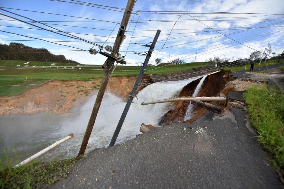 La represa de Guajataca presentó una falla el viernes y provocó que el Gobierno emitiera una orden de evacuación.  (Foto: AFP)