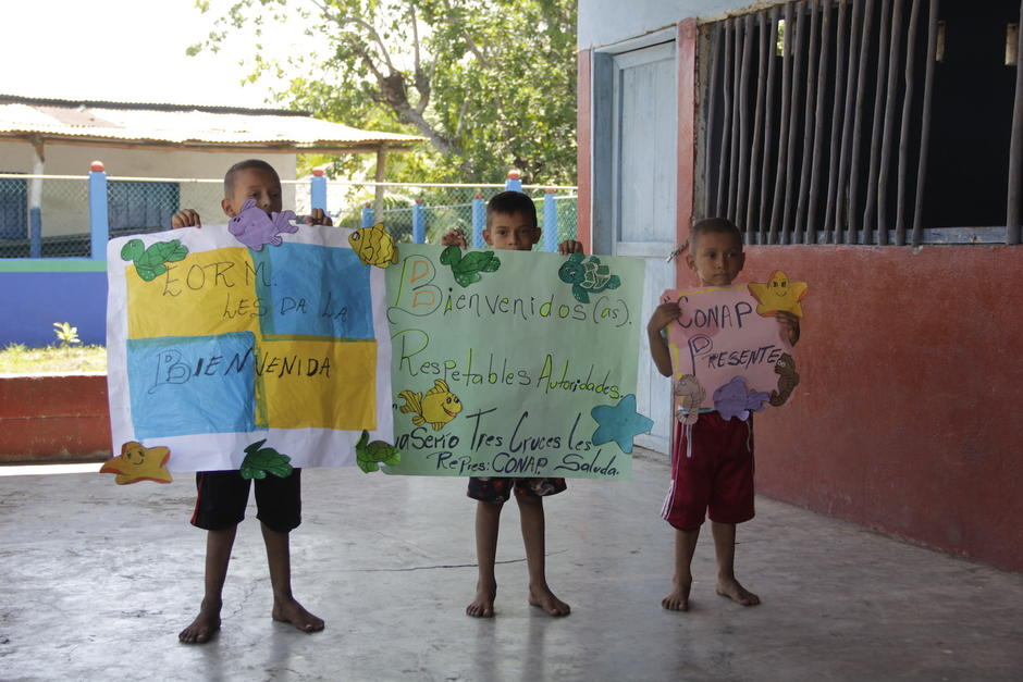 Los pobladores se dedican a la pesca, pero quieren mejorar sus condiciones de vida. (Foto: Fredy Hernández/Soy502)