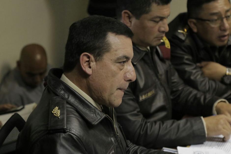 Mansilla no supo argumentar la legalidad del bono del presidente Jimmy Morales. (Foto: Alejandro Balán/Soy502)