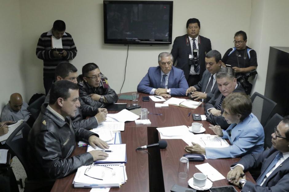 Los diputados de Encuentro por Guatemala señalaron anomalías en la aprobación del bono. (Foto: Alejandro Balán/Soy502)