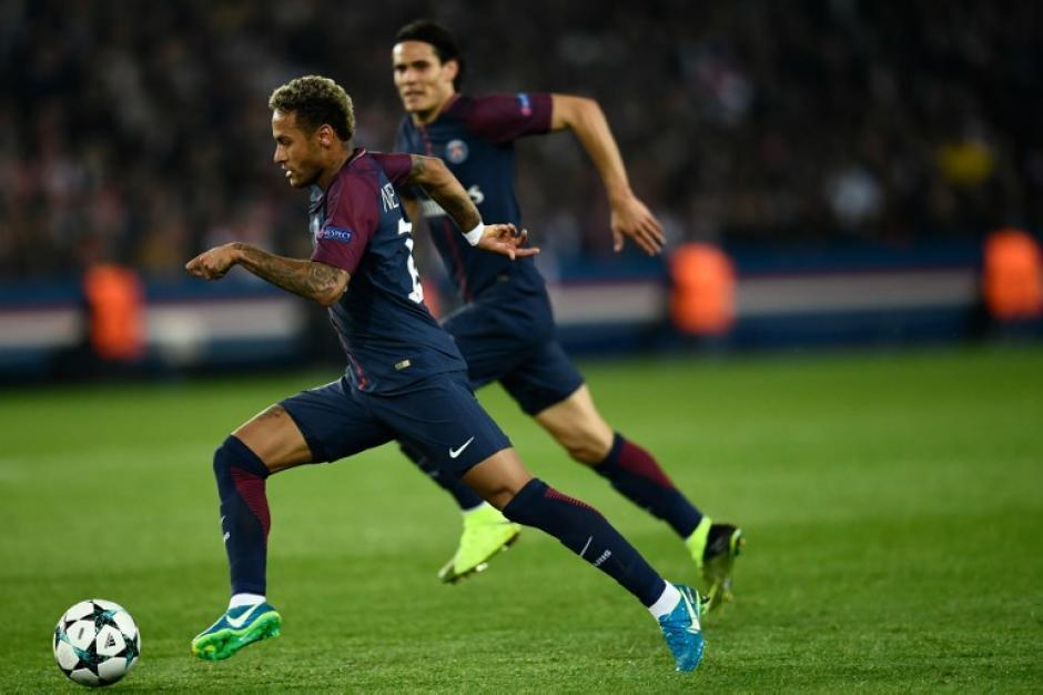 Neymar y Cavani parecen haber firmado la paz en el PSG. (Foto: AFP)