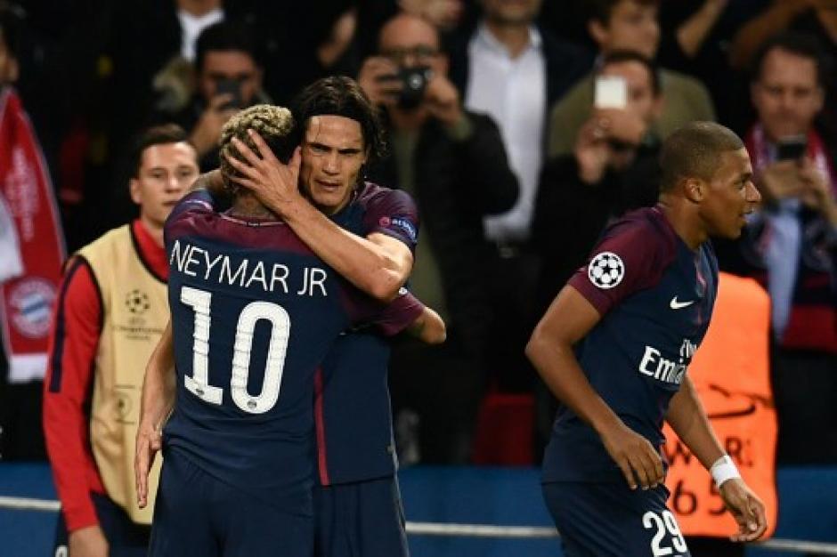"""Luego el uruguayo le devolvió el gesto a """"Ney"""" y parece que ya no hay polémica. (Foto: ADP)"""