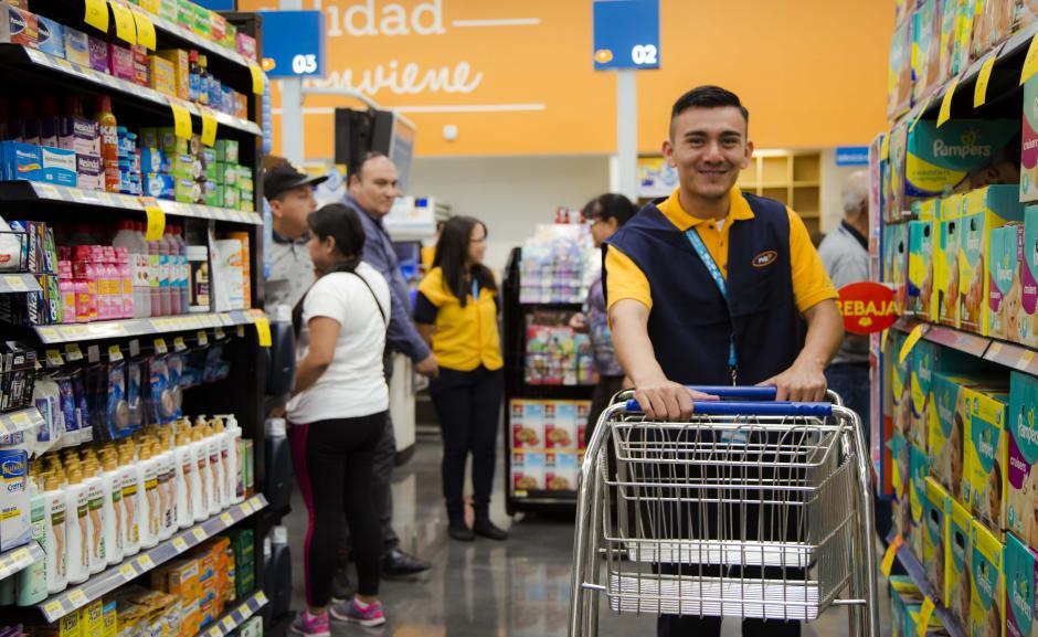 Paiz genera alrededor de 70 empleos directos en su nueva tienda. (Foto: Victor Xiloj/Soy502)