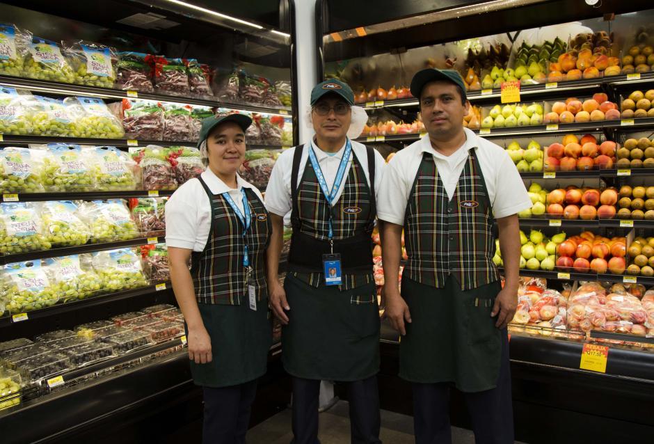 La tienda brindará una variedad de más de 9,800 productos entre las categorías de abarrotes, perecederos, panadería, farmacia, bebidas y productos especializados libres de azúcar y gluten. (Foto: Victor Xiloj / Soy502)