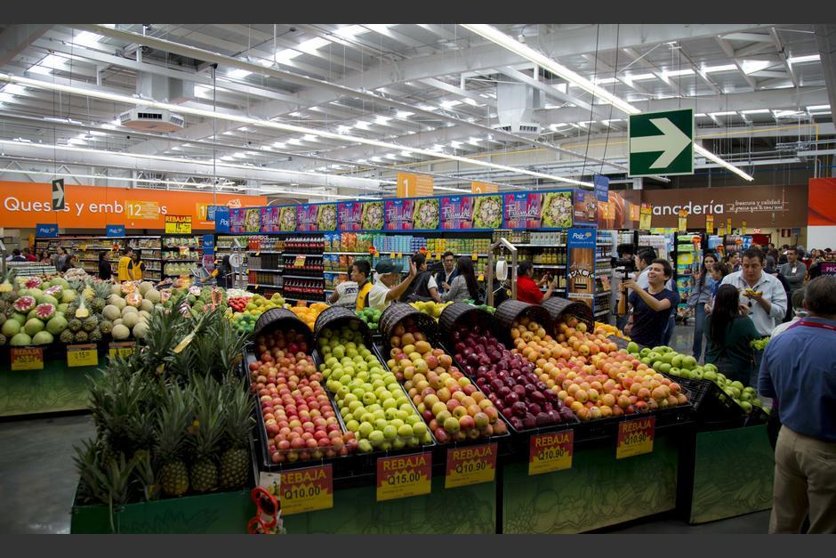 Walmart de México y Centroamérica da la bienvenida a su cadena de supermercados a la nueva tienda Paiz Liberación. (Foto: Victor Xiloj/Soy502)