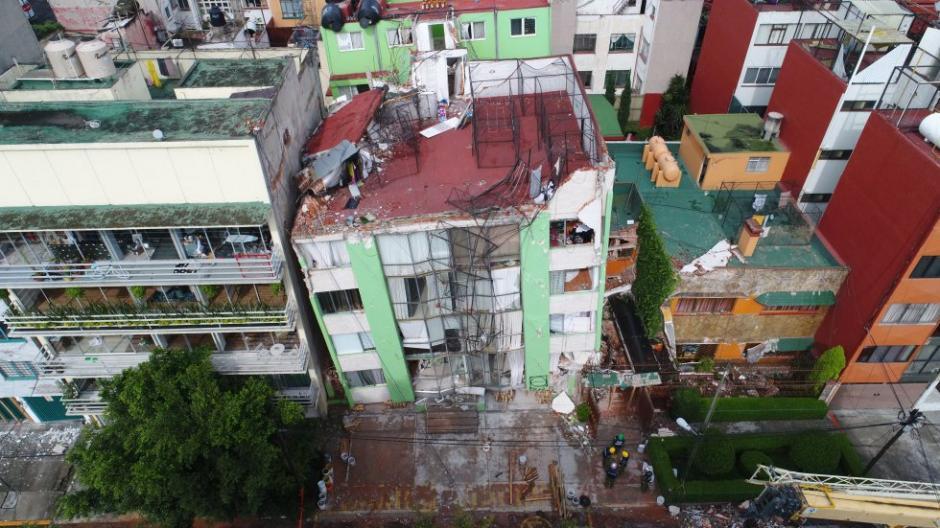 La caída de varios edificios quedó registrada en video. (Foto: Santiago Arau)