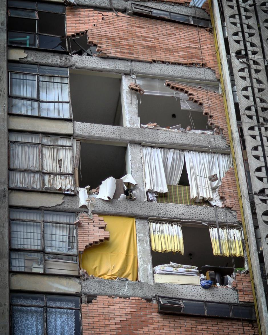 Las estructuras dañadas continúan representando un peligro. (Foto: Santiago Arau)