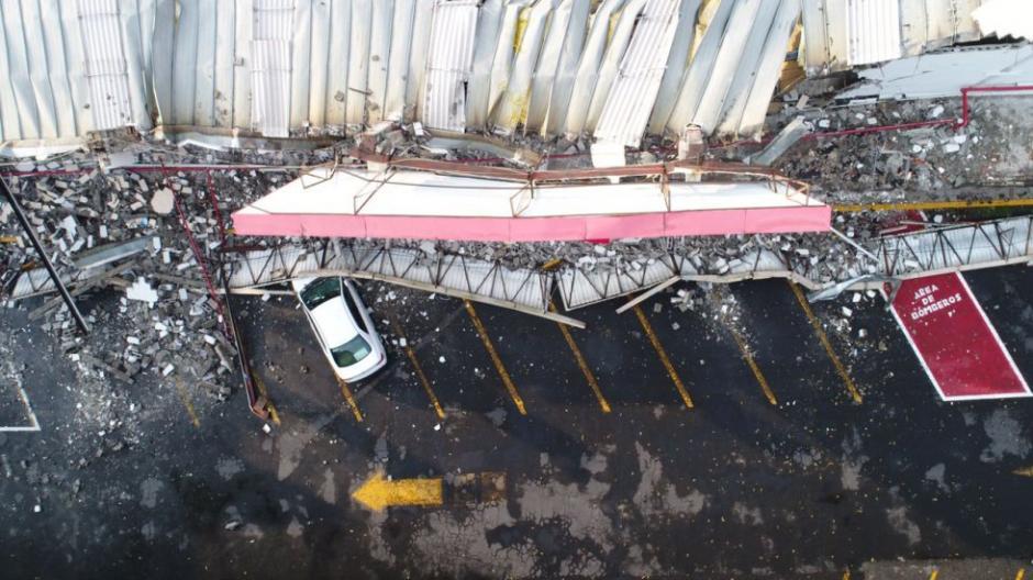 Varios supermercados quedaron reducidos a escombros. (Foto: Santiago Arau)