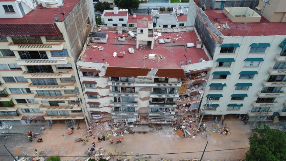 Los edificios con daños severos serán demolidos. (Foto: Santiago Arau)
