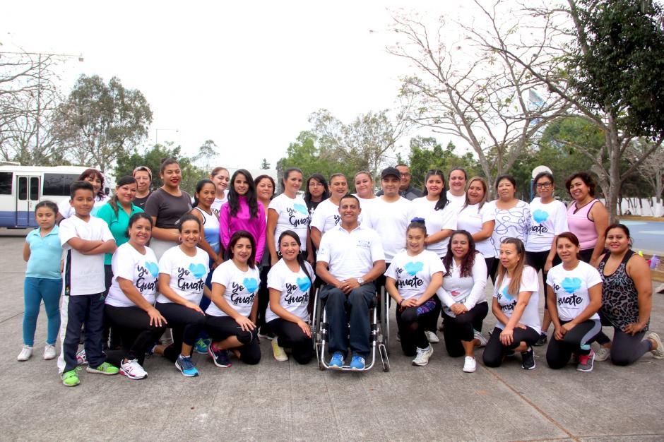 Víctor ha conformado un gran equipo con sus alumnos. (Foto: Fredy Hernández/Soy502)