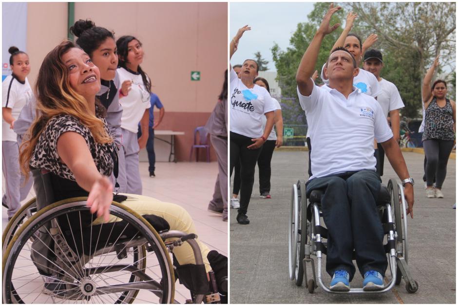 Dora y Víctor inspiran con su carisma a las personas que cada día aprenden a bailar con ellos. (Foto: Fredy Hernández/Soy502)