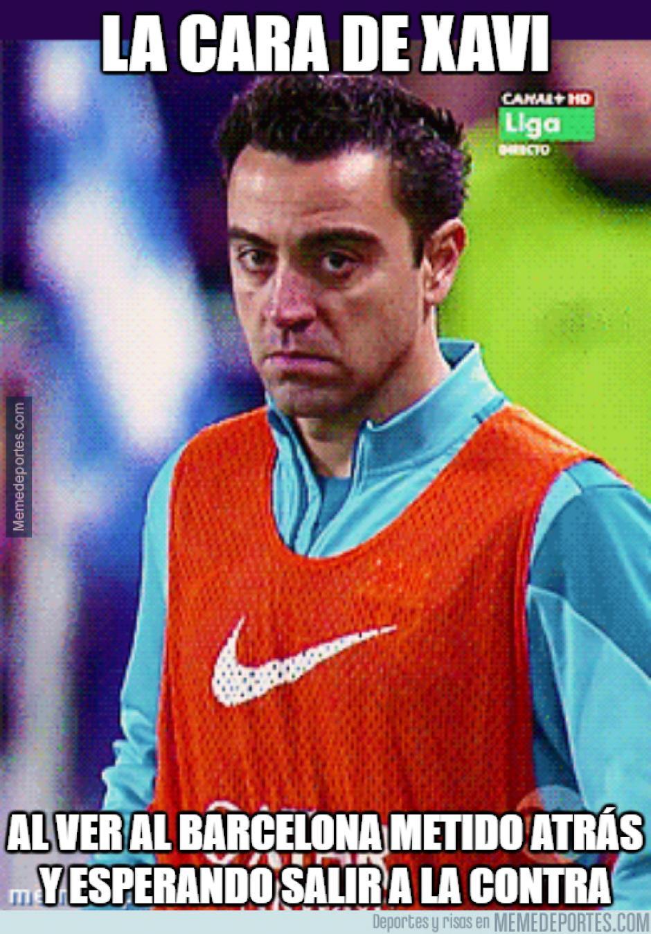 """Xavi no podía faltar en los """"memes"""" de la eliminación del Barça. (Foto: Ok Diario)"""