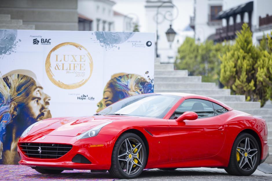 Vehículos de lujo serán exhibidos en Luxe&Life 2018. (Foto: George Rojas/Soy502)