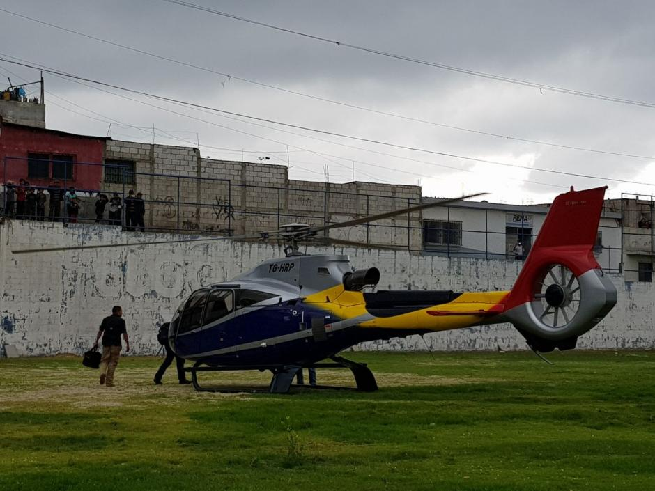 El ministro viajó en la aeronave de los desarrolladores de Rocjá Pontilá. (Foto: El Gráfico de Sacatepéquez)