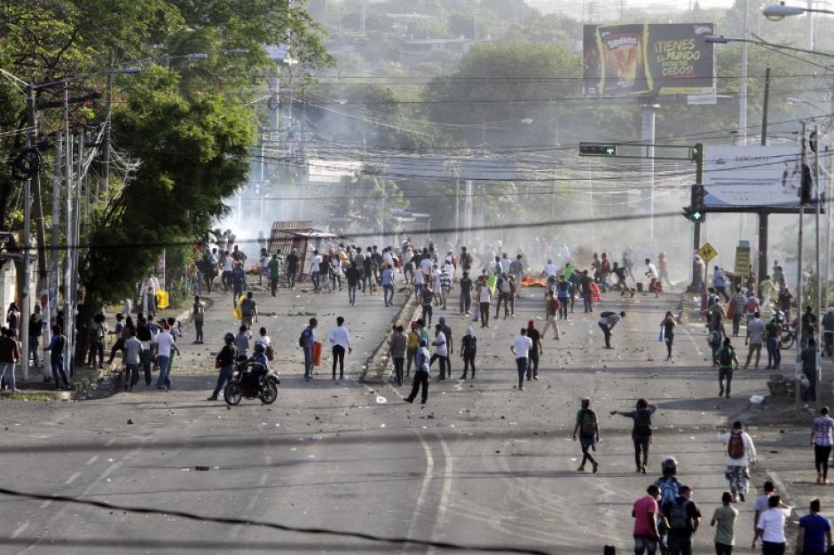 Protestas contra el gobierno de Nicaragua cumple tercer día consecutivo. (Foto: AFP)