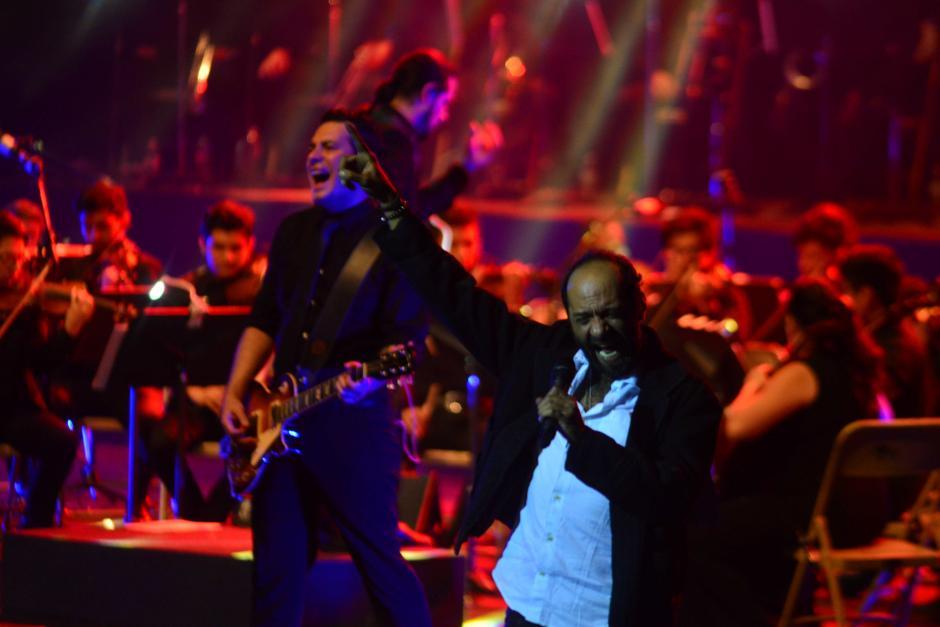 Los pequeños músicos se lucieron en cada tema del grupo. (Foto: Jesús Alfonso/Soy502)