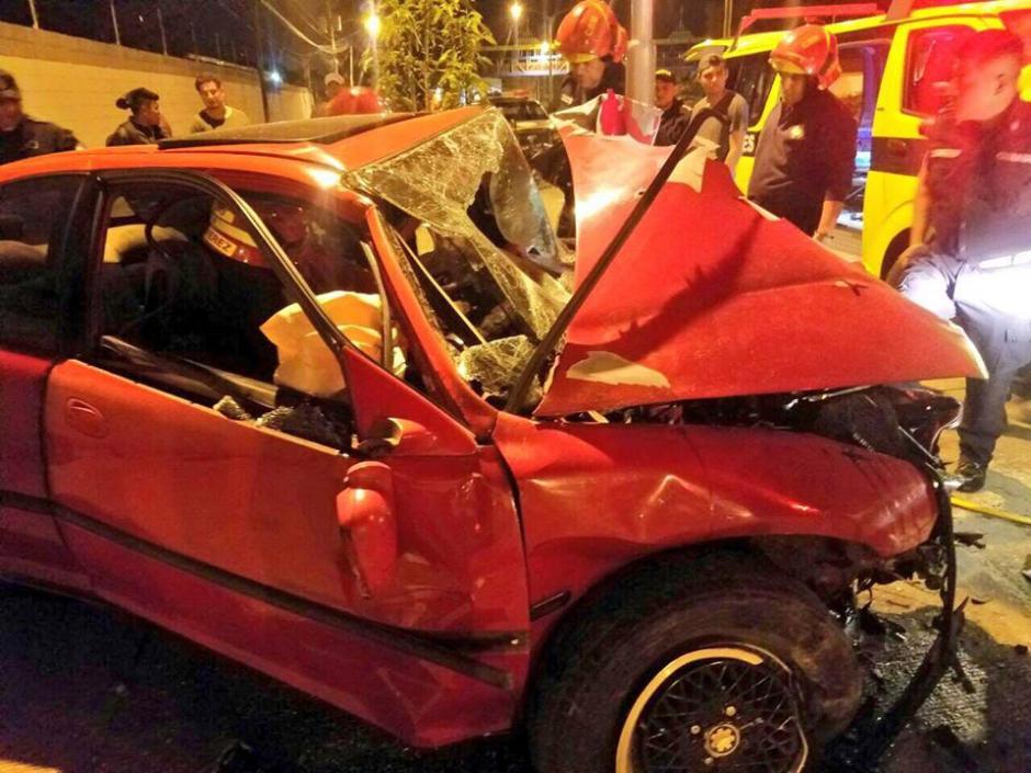 Así quedó el vehículo dañado. (Foto: Bomberos Municipales)