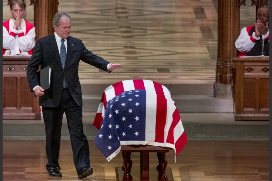 Acude Salinas de Gortari a funeral de George Bush