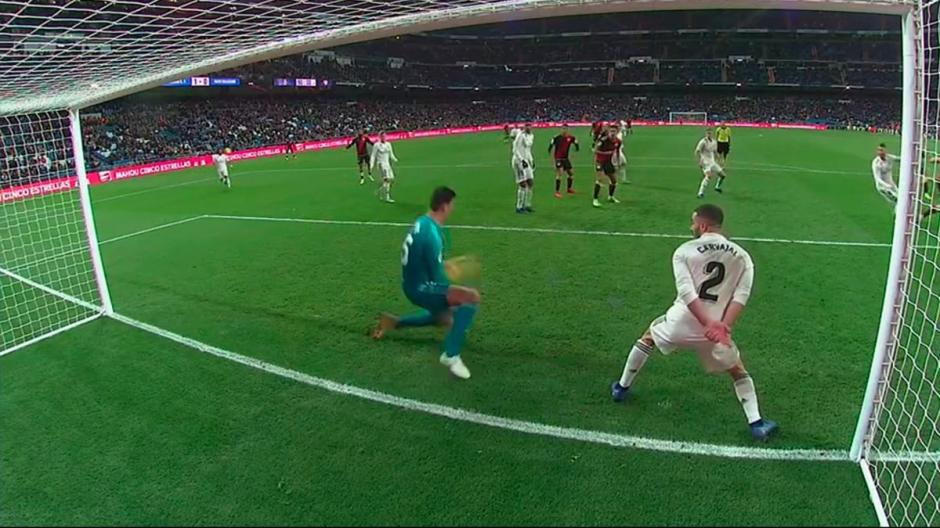 Courtois fue fundamental para que el Real Madrid venciera al Rayo Vallecano. (Foto: Captura de video)