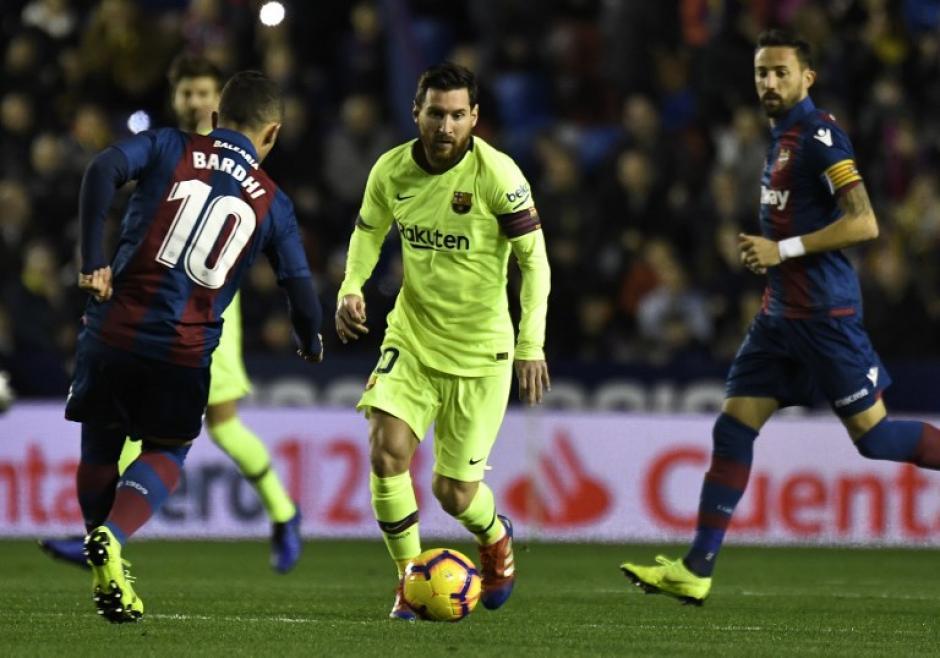 Barcelona de Arturo Vidal cierra el año como puntero de España