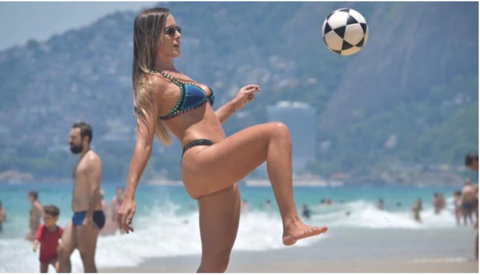 """Las playa de Brasil, Argentina y Uruguay con ideales para practicar el """"futvoley"""". (Foto: Instagram)"""