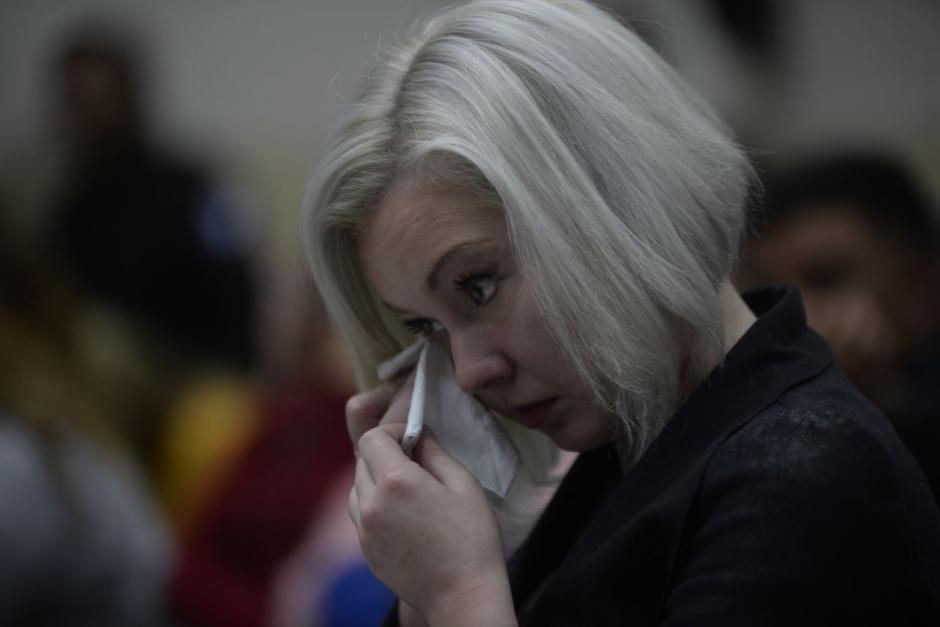 Tras condenarlas, el Tribunal revocó la medida sustitutiva que gozaban Irina y Anastasia (en la foto) Bitkova y las envió a Mariscal Zavala. (Foto: Wilder López/Soy502)