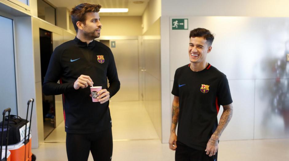 Piqué también saludó a la nueva adquisición del Barcelona. (Foto: Barcelona)