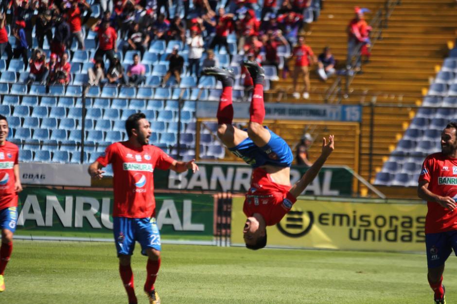Pappa ingresó en la segunda mitad. (Foto: Luis Barrios/Soy502)