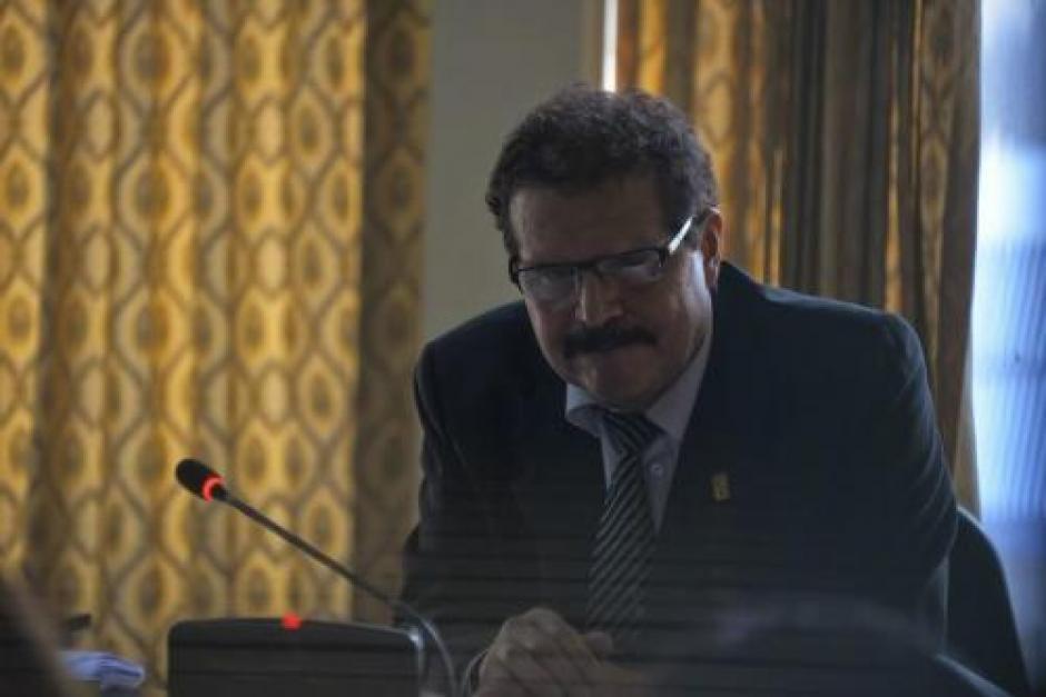 El juez ha sido señalado por la Comisión Internacional Contra la Impunidad en Guatemala, ahora por sus propios guardias. (Foto: archivo/Soy502)