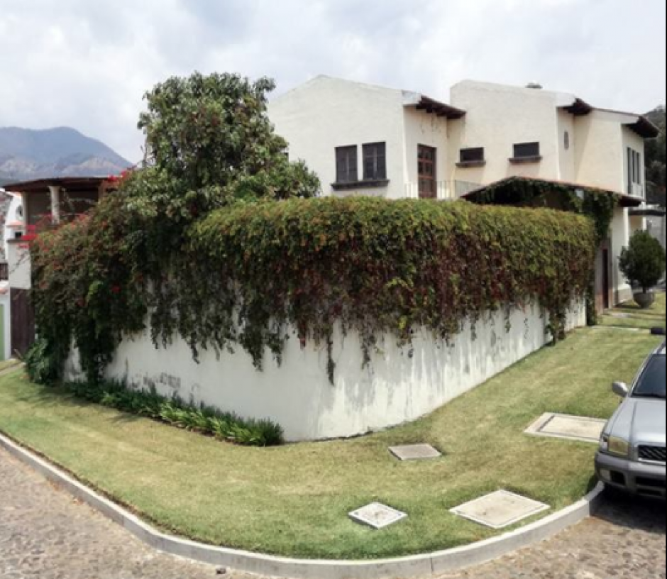 La Senabed ha puesto a disposición dos propiedades del supuesto narcotraficante salvadoreño Jorge Ulloa. Una de ellas está en Jocotenango. (Foto: Senabed)