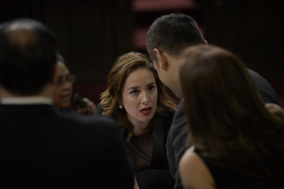 Carrillo buscó apoyo en otros diputados para presionar a España. (Foto: Wilder López/Soy502)
