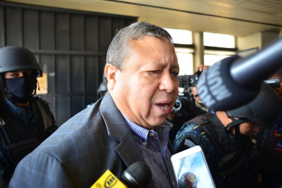 El exministro de la Defensa, Abraham Valenzuela, también fue detenido. (Foto: Jesús Alfonso/Soy502)