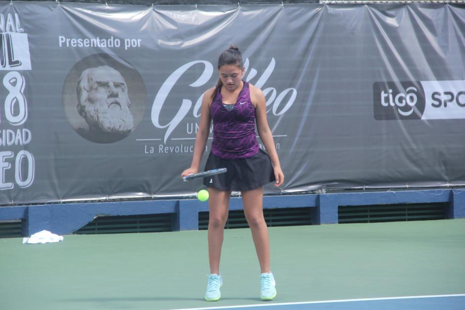 María Emilia Ríos, es una de las guatemaltecas que participa en este torneo internacional. (Foto: Fredy Hernández/Soy502)