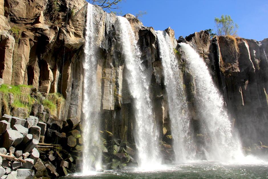 Las cataratas Los Amates es un atractivo muy popular en Santa Rosa. (Foto: Fredy Hernández/Soy502)